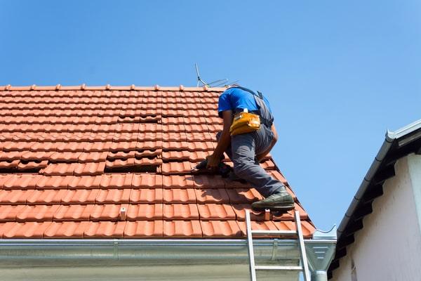 Peut-on obtenir des aides pour refaire sa toiture ?